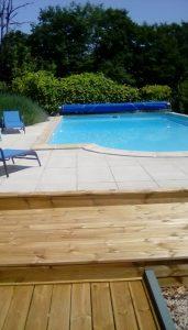 pool area Gites Les Grands Coudrais