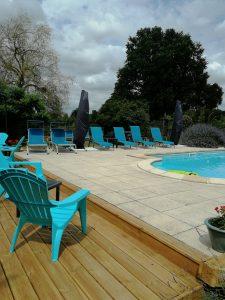 swimming pool at holiday house Civray