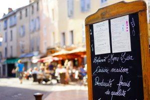 restaurants near Civray